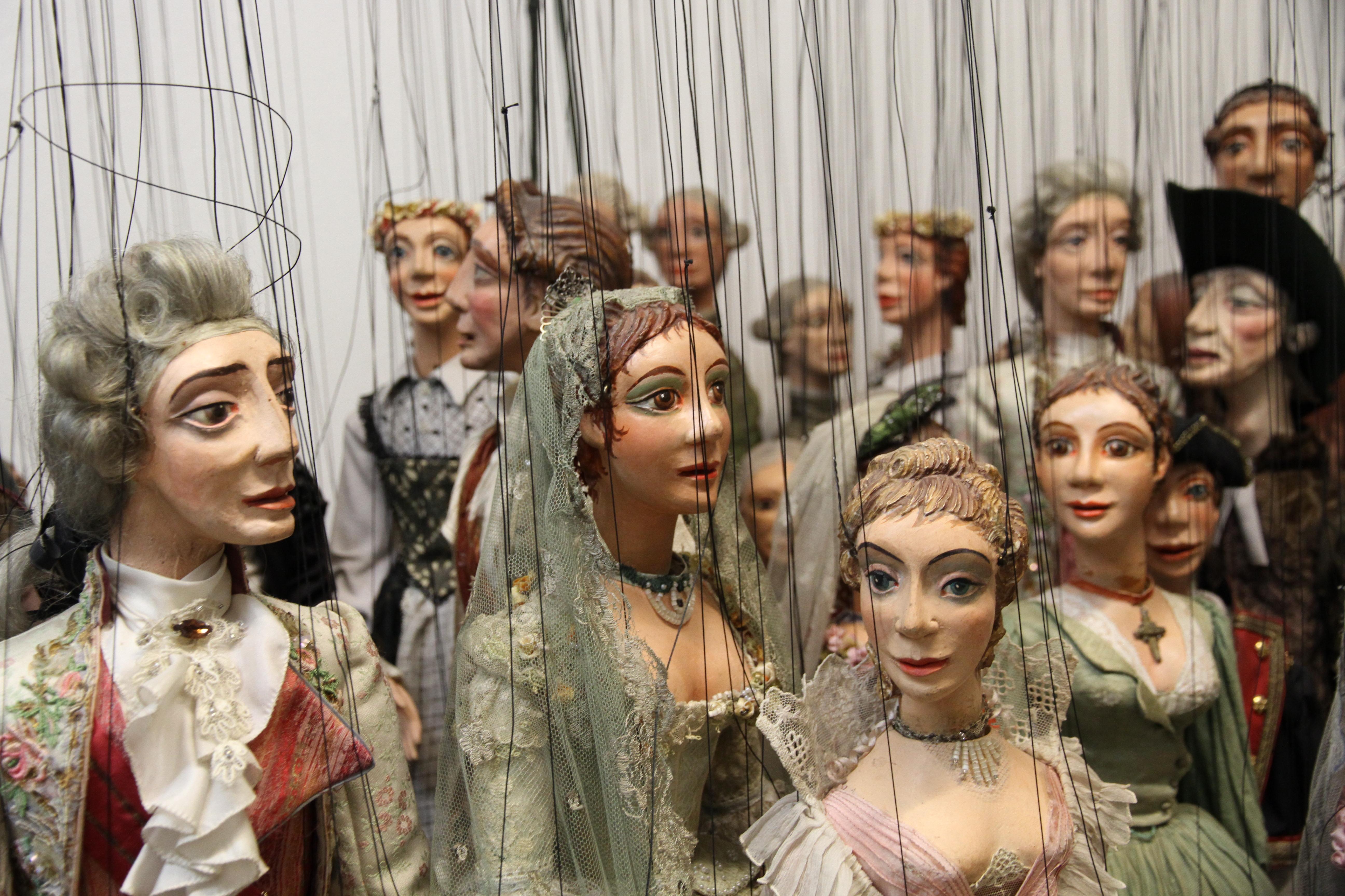 In der Welt der kleinen Mozarts, Prinzessinnen und Schurken.