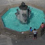 Brunnen am Rathausplatz