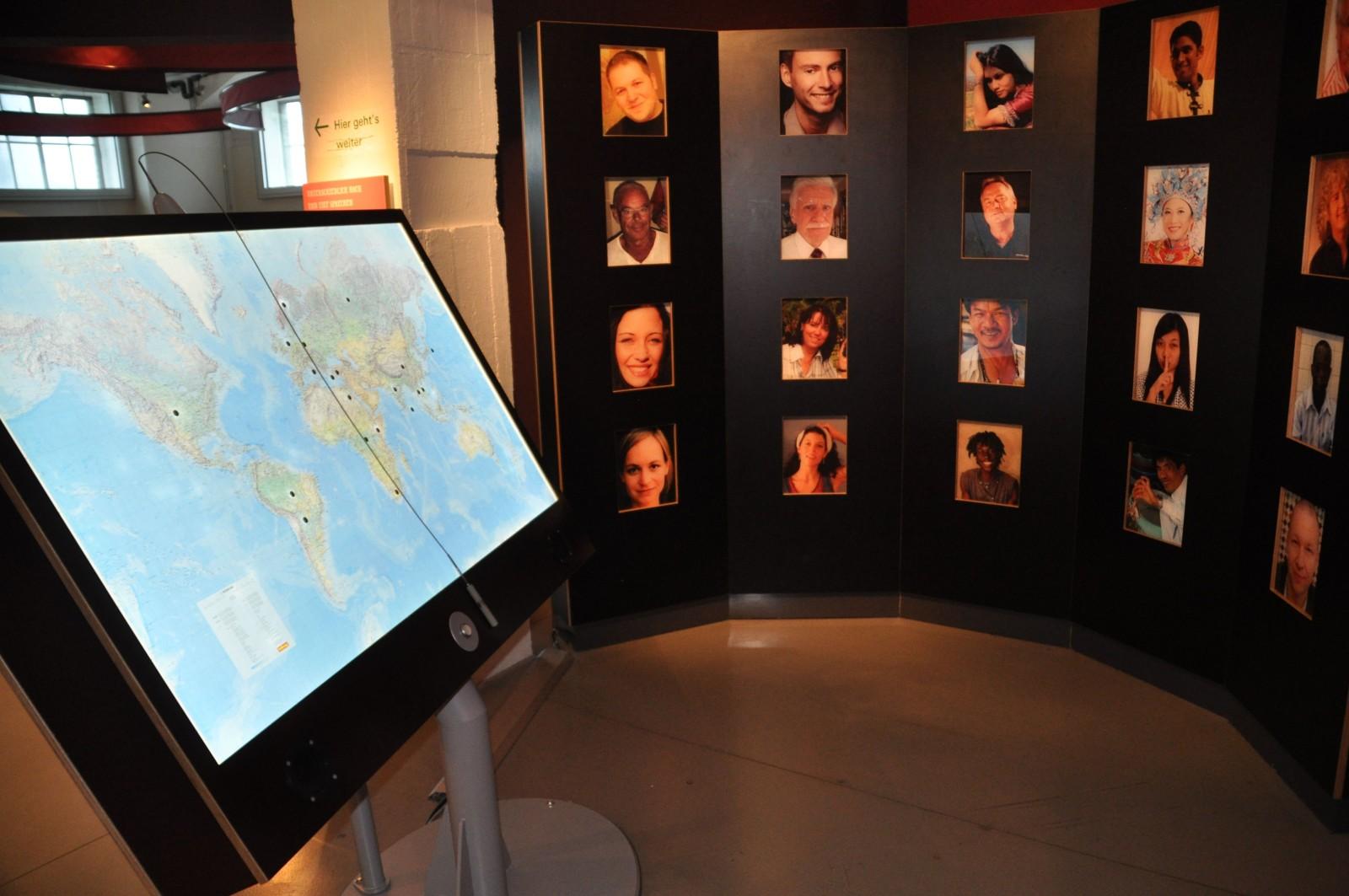 Sprechende Bilder Sprachenglobus: Unterkulturelle Kommunikation auf der Experimenta in Heilbronn