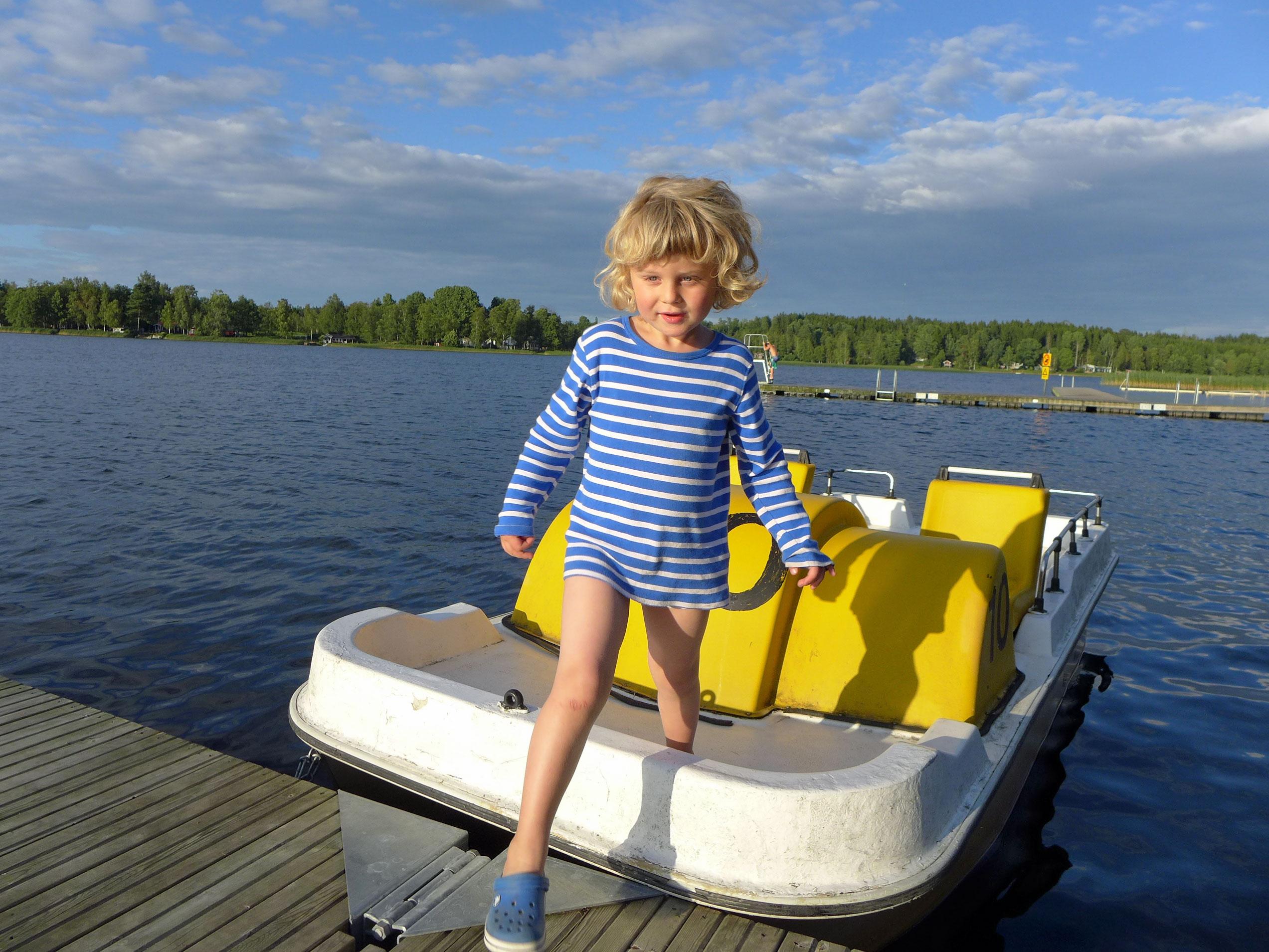 Bootfahren auf dem Hunsnäsen See - schwedische Sommer-Glücksgefühle
