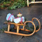18. Adventstürchen: Zipfelmützen im Stall