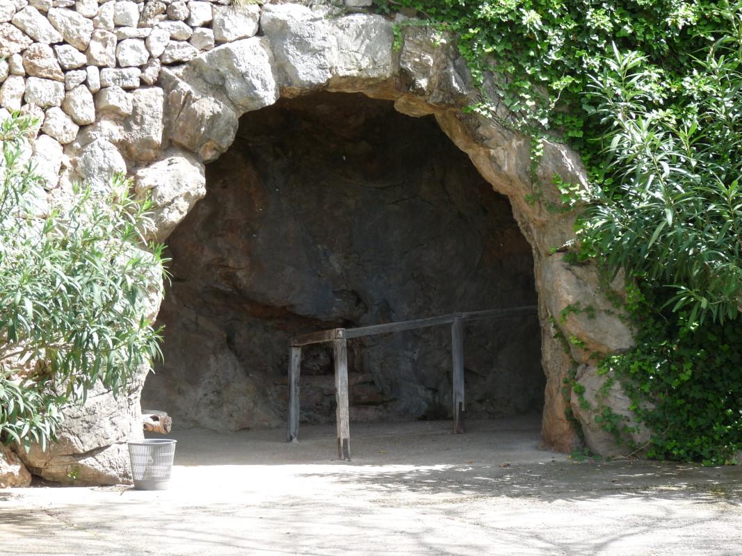 Höhleneingang Coves de Campanet