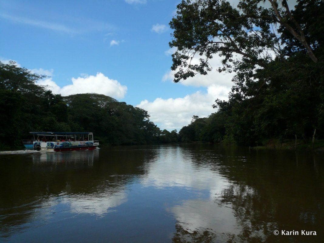 schippern-a%c2%bcber-die-grenze-nach-nicaragua