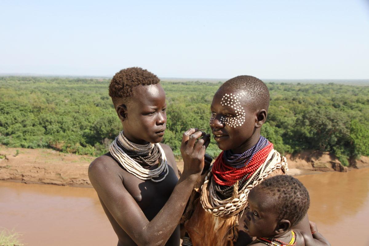 Äthiopien, Omo, Frauen, Urvölker, Karo-Volk