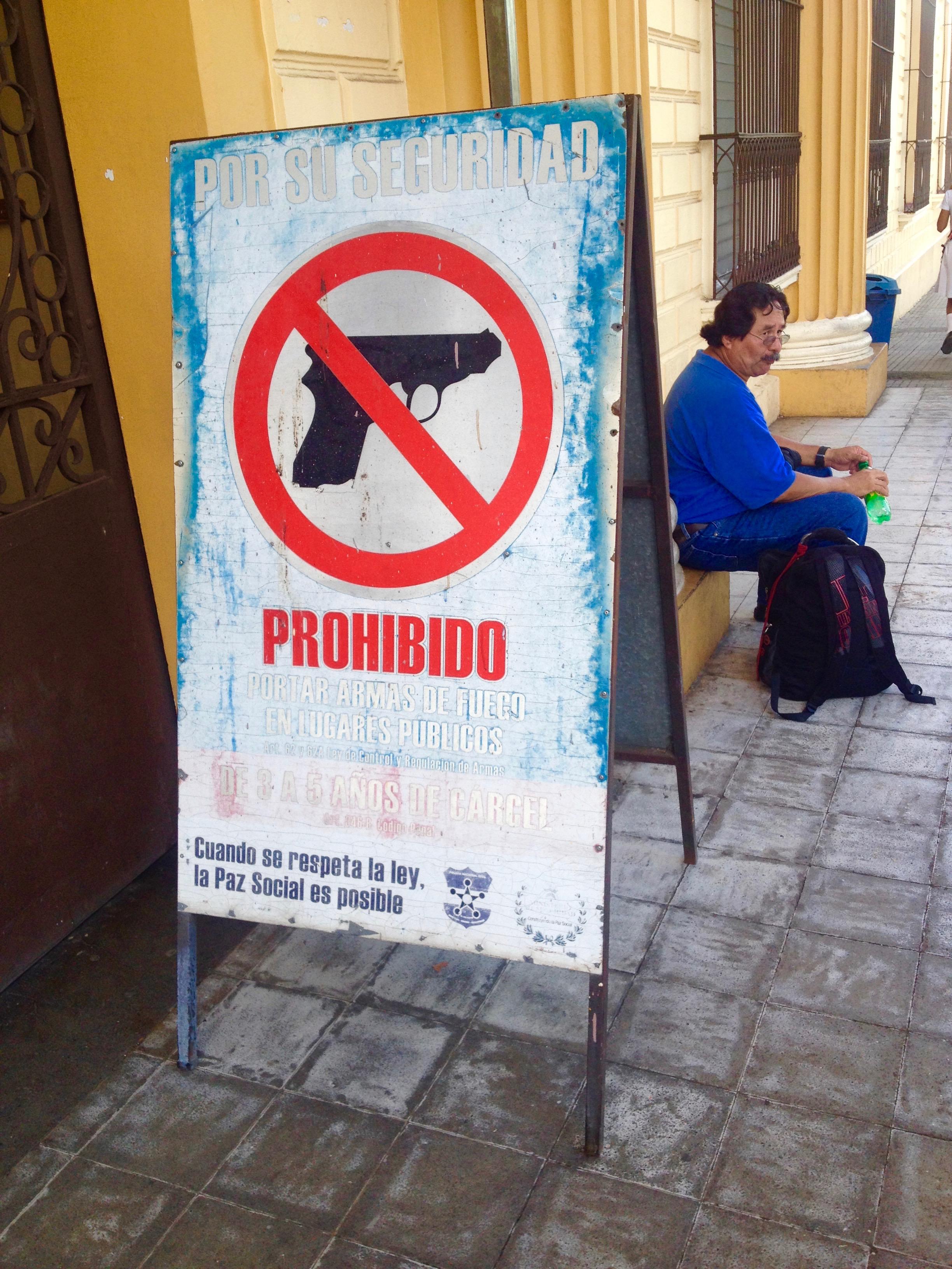 El Salvador, Warnschilder, Zentralamerika