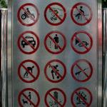 Schilder-Bilder 11: Alles verboten!